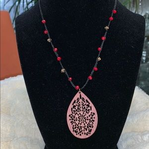 Jewelry - NWT SET EARRINGS AND NECKLACE